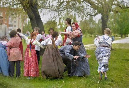 """Folkloro studija """"Veretioncė"""" švenčia 15 metų kūrybinės veiklos sukaktį"""